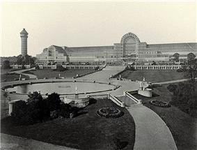 Image of the Crystal Palace before it was destroyed by fire.