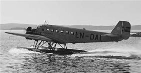 Three-engined seaplane