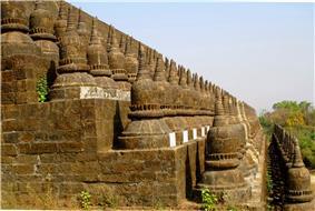 DSC00125 Burma Mrauk U Arakan Paya Koe Thaung Temple at 90.000 buddhas Image (7543837448).jpg