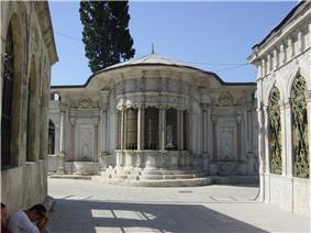 DSC04777 Istanbul - Cimitero di Eyüp - Foto G. Dall'Orto 30-5-2006.jpg