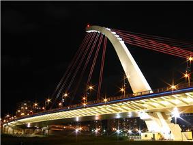 DaZhi Bridge night view, shot from DaJia Riverside Park.