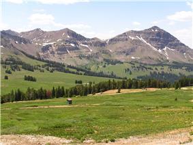 Mountains around Daisy Pass.