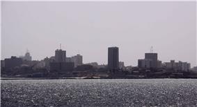 Dakar skyline da gorè.jpg
