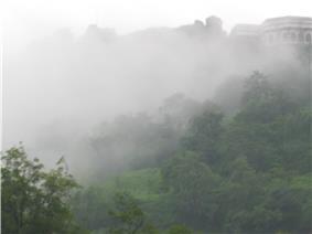 Daulatabad Chini Mahal side view.JPG