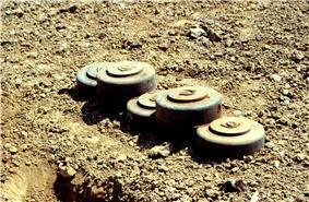 Defense.gov News Photo 970710-N-2240H-004.jpg