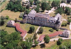 Edelény, Palace