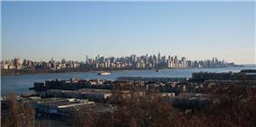 Edgewater, New Jersey in the foreground, overlooking Manhattan, New York City across the Hudson River in the background.