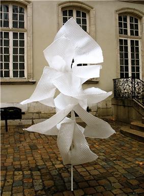 Edith Meusnier - Sarabande - Musée des Tissus - Lyon - hiver 2007-2008.jpg