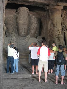 Elephanta tourists.jpg
