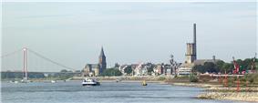 Emmerich am Rhein as seen from the east