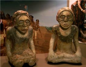 Carved stone statues from Etowah