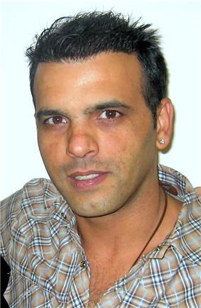 Eyal Golan