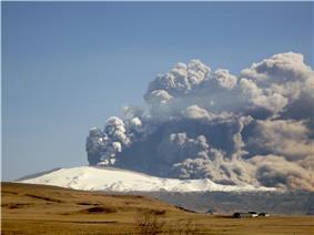 Eyjafjallajökull eruption on 17 April 2010