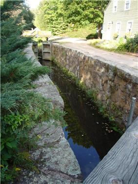 Farmington Canal Lock