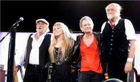 Fleetwood Mac 2009.jpg