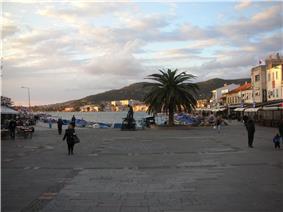Foça square in 2015.