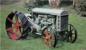 A Fordson Tractor Model F, produced since 1917