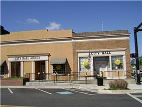 Forsyth City Hall