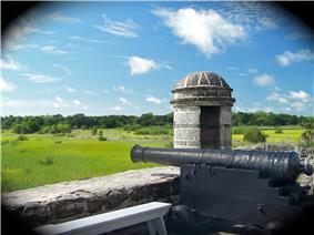 Fort Matanzas gun deck, showing 3 pounder gun-2.jpg