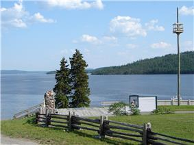 Remnants of Fort Témiscamingue with Lake Timiskaming in the background
