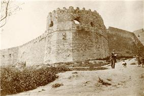 Fortress in Patras, Greece (5248409953) (2).jpg