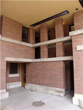 Frank Lloyd Wright - Robie House 5.JPG