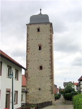 Frankenturm, erbaut 1350, Warburg.jpg