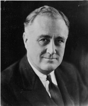 Franklin D. Roosevelt - NARA - 196715.jpg
