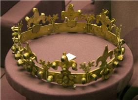 Stephen V's funeral crown
