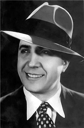 Black and white photograph of Gardel