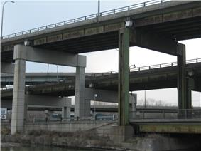 Concrete structure holding up two elevated sections of road
