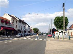 The Avenue de Stalingrad in Garges-lès-Gonesse