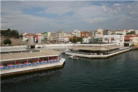 Gelibolu is a port on the Dardanelles.