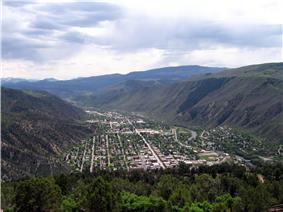 Glenwood Springs view towards south as seen from Glenwood Caverns