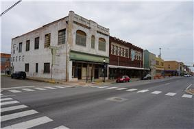 A street corner with no people in Greenville, Texas, the city in which the film was primarily filmed