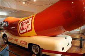 HFM 1950s Oscar Mayer Wienermobile.jpg