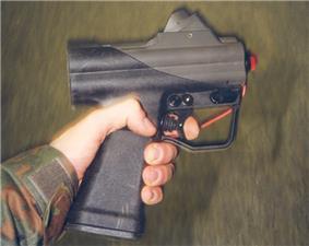 HK P11 mit pruefgeraet.jpg