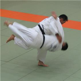 photo of Harai goshi judo throw