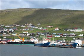The harbor in Runavik