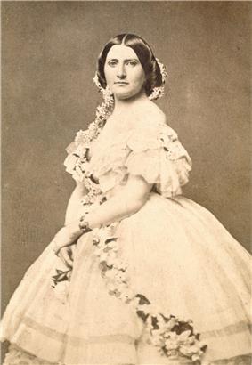 Portrait photograph of Harriet Lane