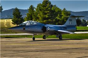 Hellenic Air Force f104.jpg