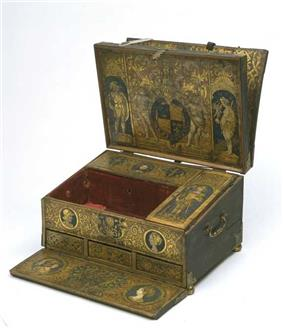 Henry VIII's writing box.jpg