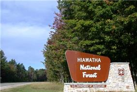 A forest sign along road M-28 in Hiawatha National Forest.