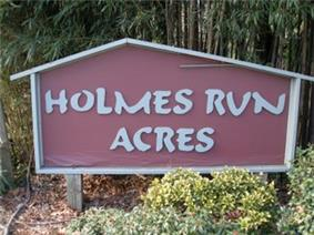 Holmes Run Acres Historic District