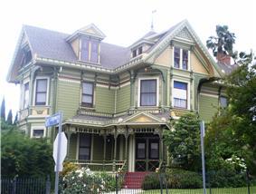 Carroll Avenue, 1300 Block