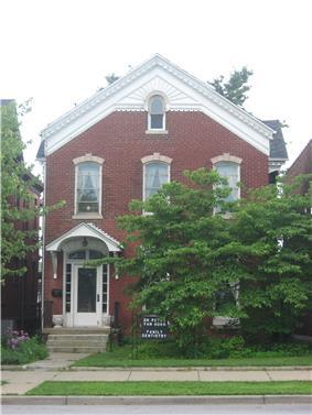 House at 823 Ohio Street