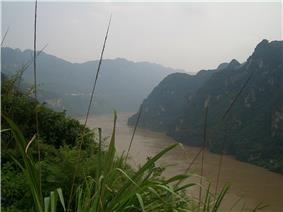 On the Changjiang in Yiling District west of Yichang