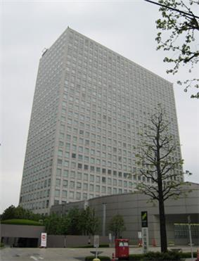 25 story office tower