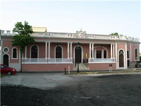 Salazar-Candal House