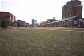 Independence Mall in 2007, looking south from Arch Street.